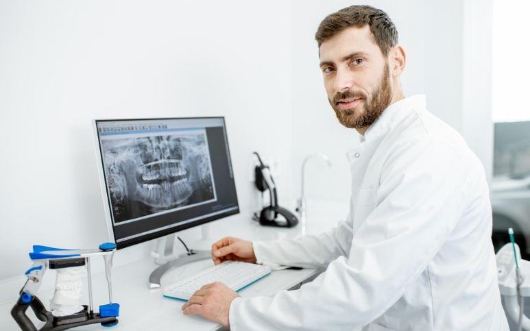 implantologia-guidata-computerizzata.jpg
